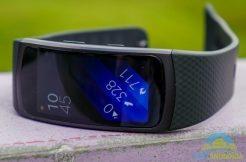 Recenze Samsung Gear Fit 2