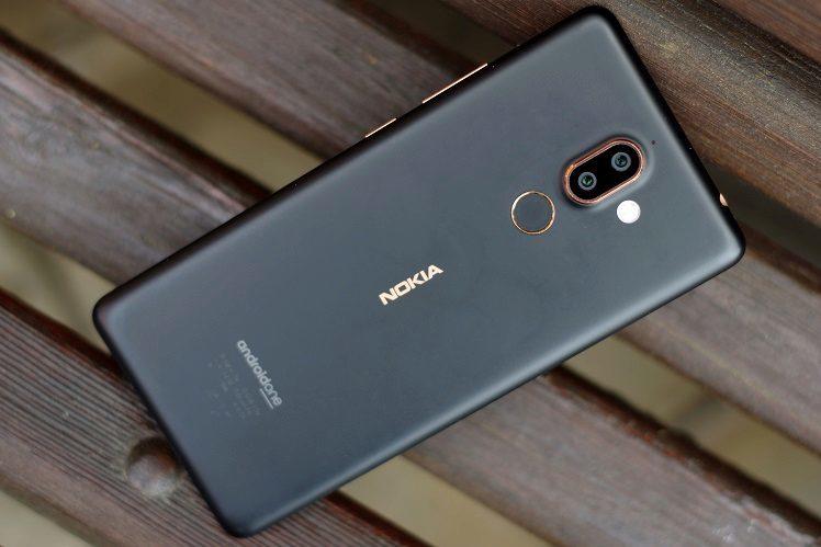 Nokia 7 Plus recenze