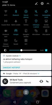 Recenze-Honor View 10-Android 8-notifikace