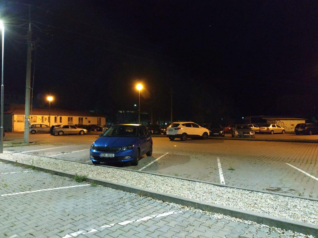 Xiaomi Redmi Note 5 fotografie noc