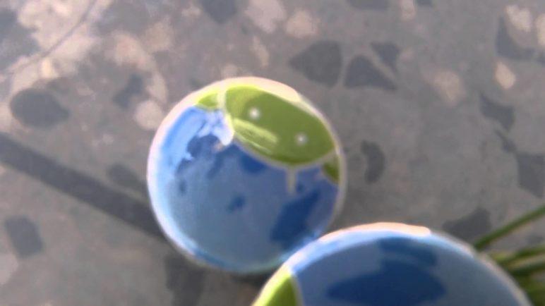 Samsung Galaxy S5 video pod vodní hladinou